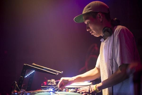 DJ QUESTA_
